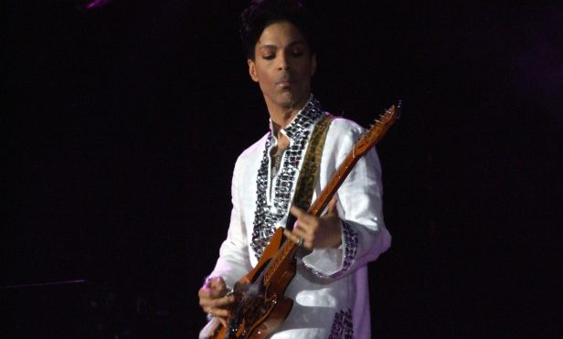 BET Awards to honour Prince with live performances by D'Angelo, Sheila E., The Roots
