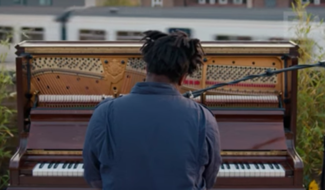Sampha's 'Plastic 100°C' is as lush as the garden he performs it in