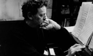 Phillip Glass to premiere Symphony No. 11 next year