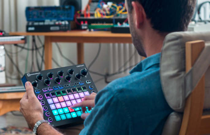 Novation updates Circuit groovebox to let you do more with samples