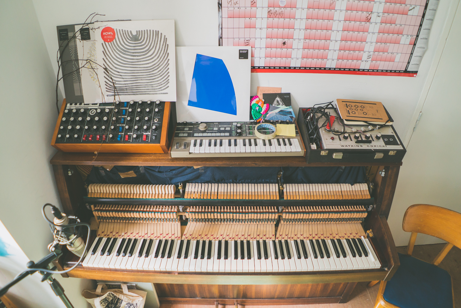 rival-consoles-by-pawel-ptak-01
