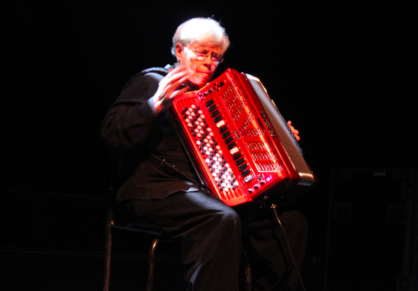 "Pauline Oliveros, experimental composer and pioneer of ""deep listening"", dies aged 84"