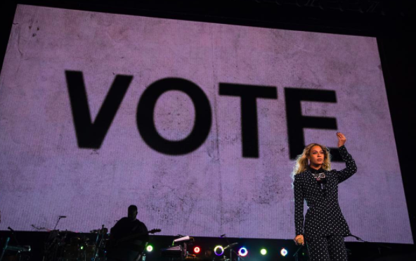 Beyoncé and Jay Z campaign for Hillary Clinton in Ohio