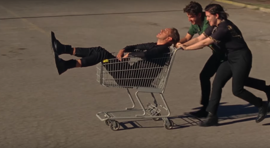 The xx write a love letter to Marfa, Texas in 'On Hold' music video
