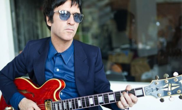 """Johnny Marr says Morrissey's support of Brexit puts a """"drawback"""" on Smiths reunion"""