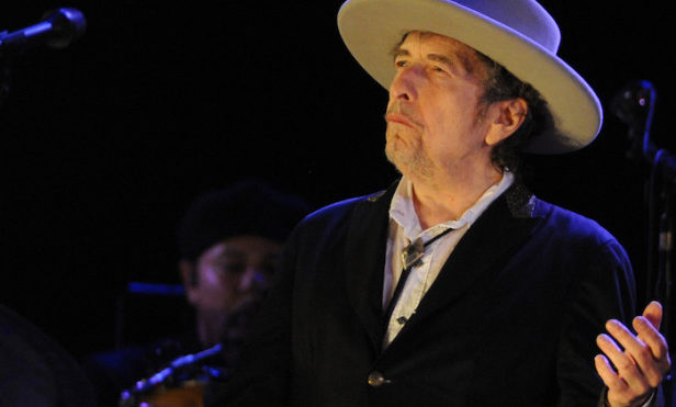 "Bob Dylan ""truly beyond words"" over Nobel Prize for Literature win"