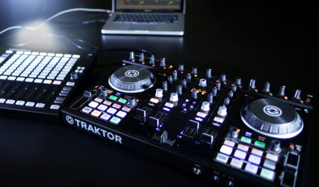 Maschine and Traktor owners can now make music wirelessly with Ableton Link