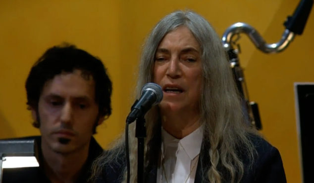 Patti Smith performs for Bob Dylan at Nobel Prize award ceremony