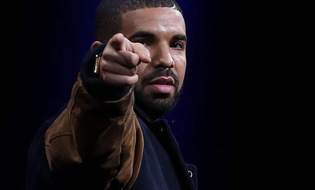 Drake debuts new track with Giggs