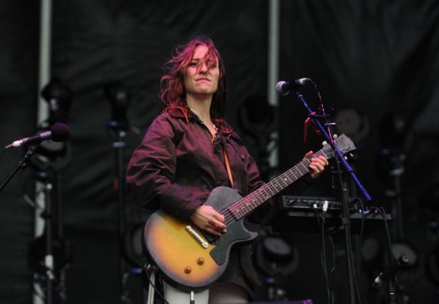 Feist releases lead single from first album in six years Pleasure