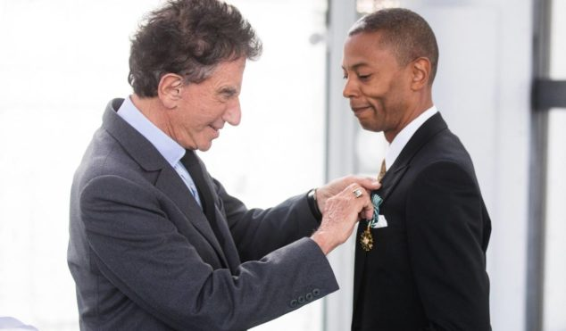 Jeff Mills receives medal from France's Order of Arts and Letters