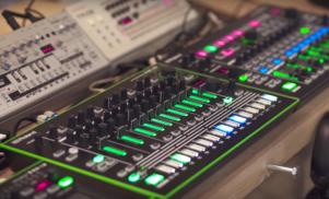 Watch the latest Roland synths and drum machines in action at Sónar 2017
