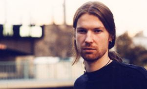 Aphex Twin releases new track 'Mangle 11' and two unreleased versions of 'Avril 14th'