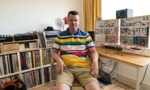 DJ Haus – Against The Clock