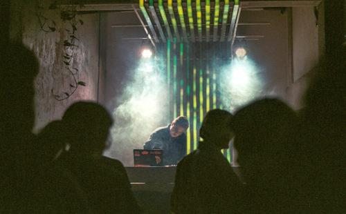 El Irreal Veintiuno plays with the contemporary Mexican soundscape on Poliformo