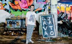 Watch Aki Onda sorting through his 1000+ cassette archive