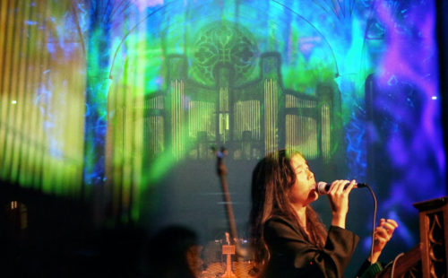 Ana Roxanne drifts through an ethereal performance of 'Venus', live at Ambient Church